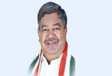 TRS Govt Playing With Lives Of Students: Congress